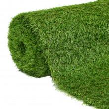 Sztuczna trawa na wiatę z podestem z blachy ryflowanej