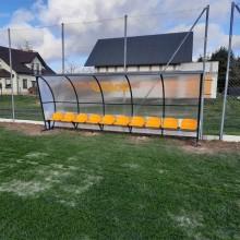 Wiata stadionowa W-1 pokryta poliwęglanem litym brązowym